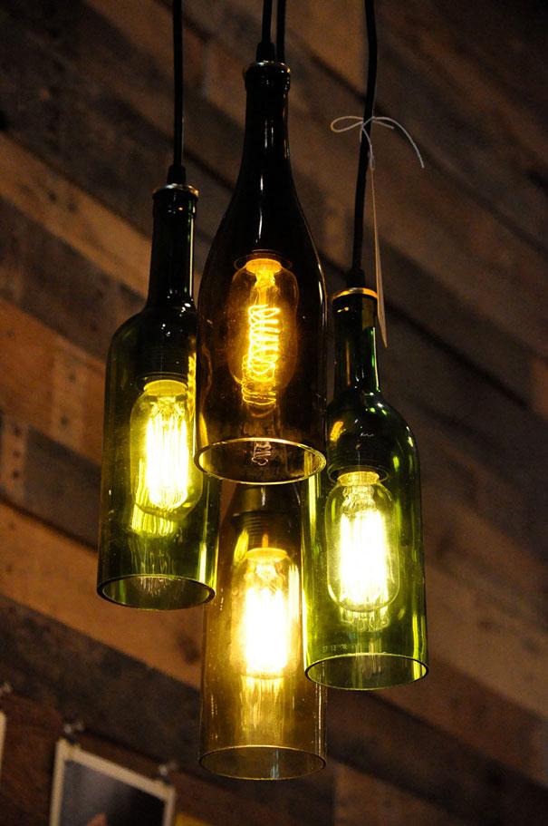 Светильник из бутылок стеклянных своими руками