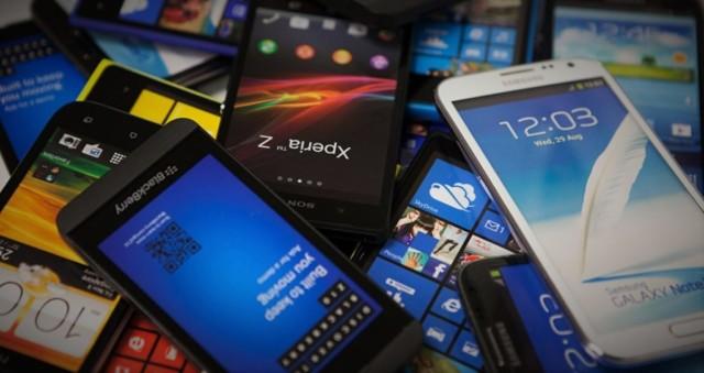 Телефон nokia s810 dual sim 2 батареи 2 карты памяти