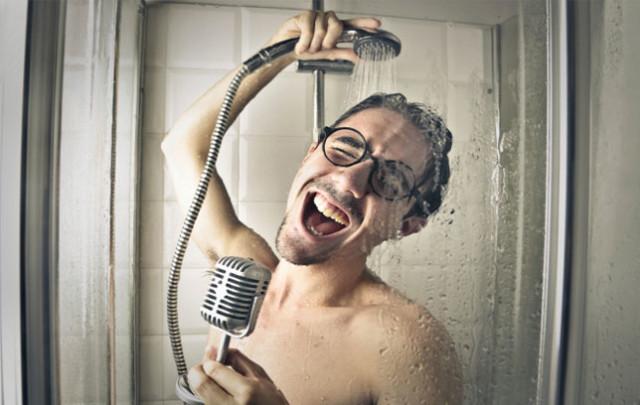 Почему мы поем в душе? Петь или не петь?