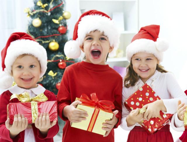 10 стихотворений для детей на Новый год