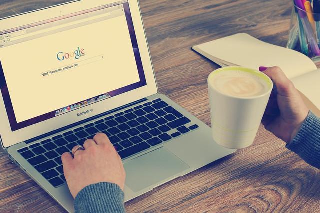 Какой поисковик лучше: Битва Google и Яндекса