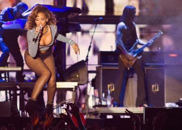 Rihanna и ее 5 самых главных и успешных песен