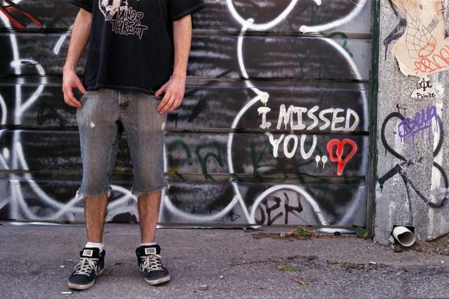10 явных признаков что парень скучает по тебе