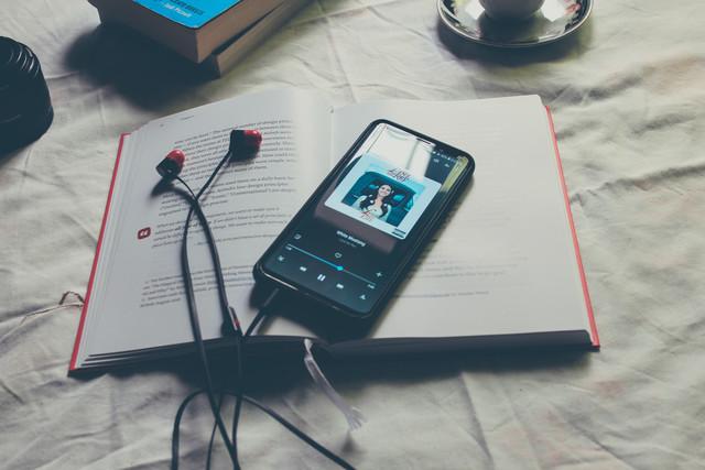 25 смс о любви чтобы написать парню или девушке