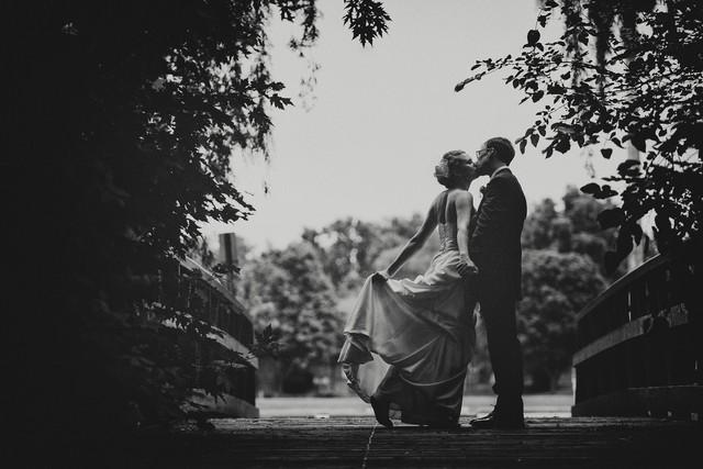 Как сделать красивые черно-белые фото
