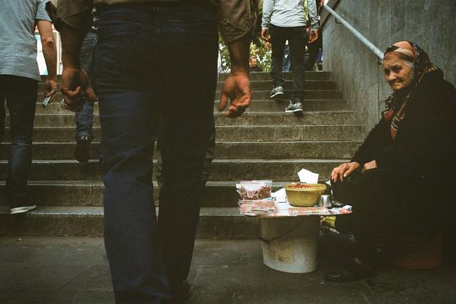 Как бедность влияет на нашу жизнь и сознание