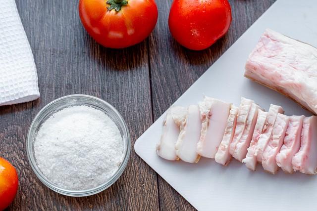 Как правильно выбрать хорошее свиное сало