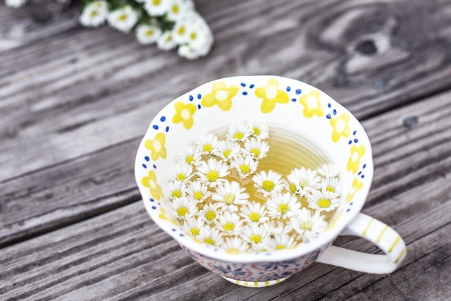 Какой травяной чай пить перед сном от бессонницы