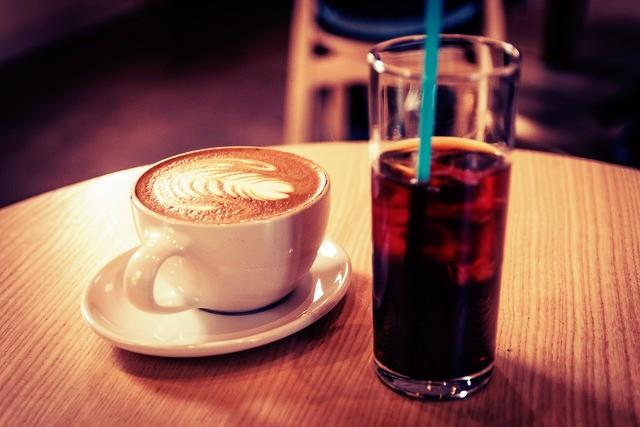 Почему холодный и горячий кофе такие разные