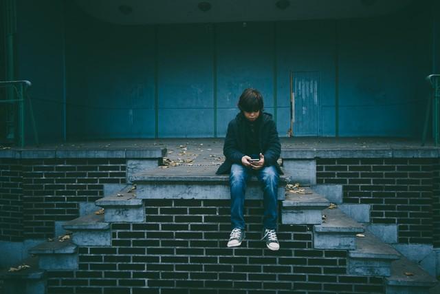 Почему дети так не выносят телефонные звонки